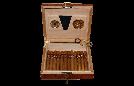 humidor s cigarami Sypuera a Cohiba