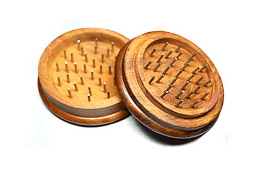 dvojdielna drevená drvička
